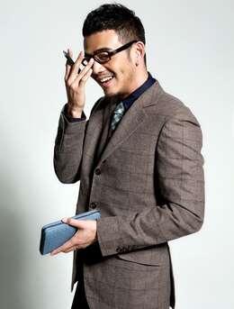 西装帅哥杨烁-有型有款绅士十足图片