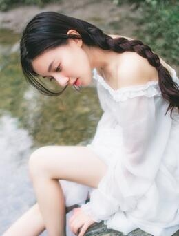 夏末-清纯短裤亚洲美少女户外玩水湿身高清写真