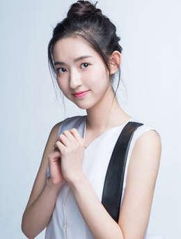 甜美少女的迷人瞬间,美女演员王玉雯高清写真图集