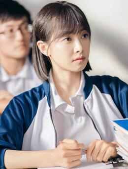 电视剧《山月不知心底事》剧照,宋茜欧豪重回校园,再体验学习生活