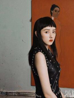女生锅盖刘海发型太难撑了,看宋祖儿的锅盖刘海减龄又百搭