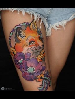 美女大腿彩色与黑白两种性感狐狸纹身大图案图集