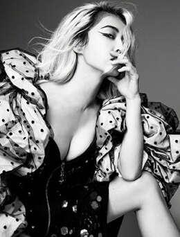 蔡依林酷装性感霸气非主流杂志写真,诱惑美胸身材劲爆