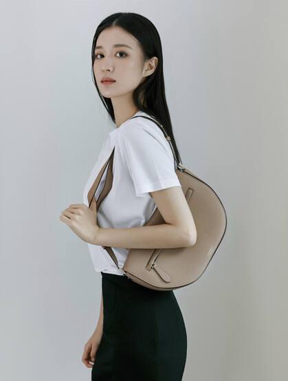 王楚然时尚秋日风穿搭最新街拍写真图片