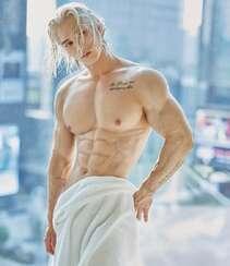 面容俊俏,体脂低的亚洲健身男模性感私房写真显健美身材照片