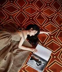 赵丽颖华美浪漫的礼服穿搭优雅性感写真图片组图3