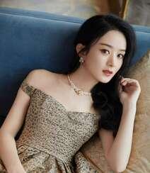 赵丽颖华美浪漫的礼服穿搭优雅性感写真图片组图5